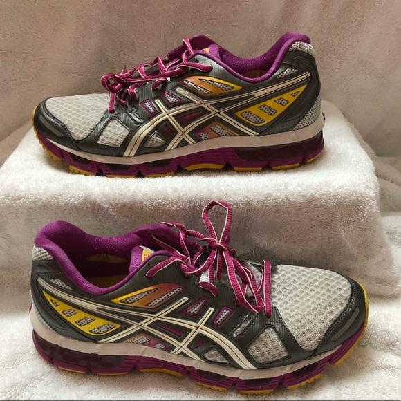 454411677b60 Asics Shoes - ASICS Running Shoes! Gel Cirrus 33